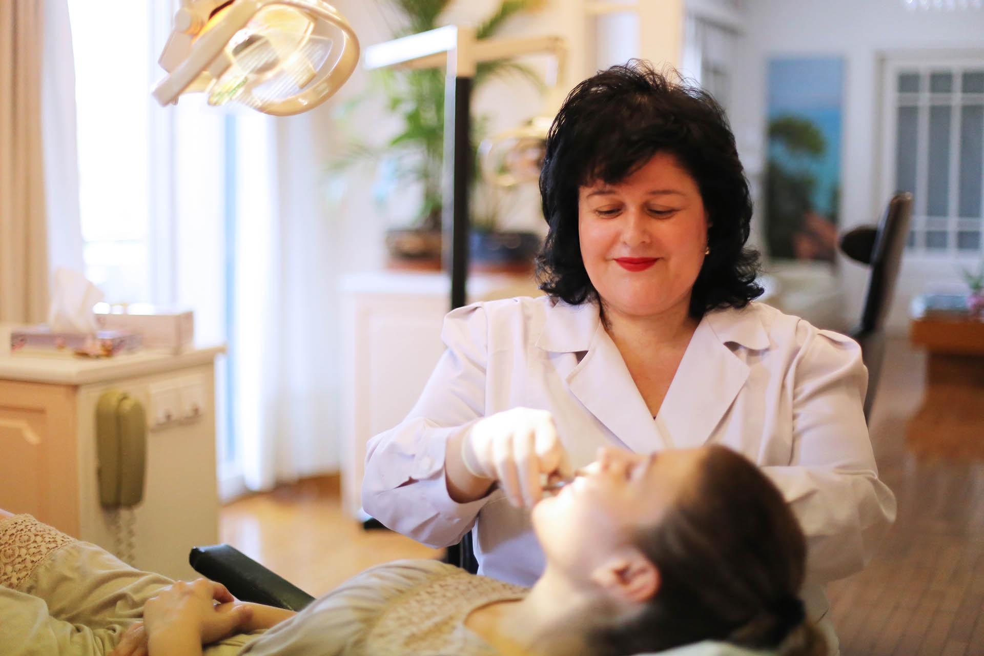 Ελένη Βύζη με ασθενή